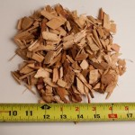 Cedar Fir chips.     Uniform in size, and nice overall appearance.